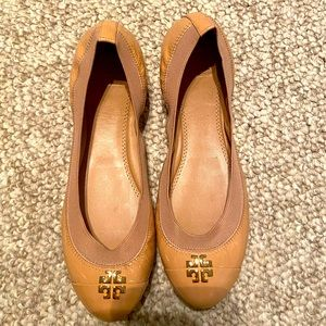 New nude Tory Burch flats size 7.5